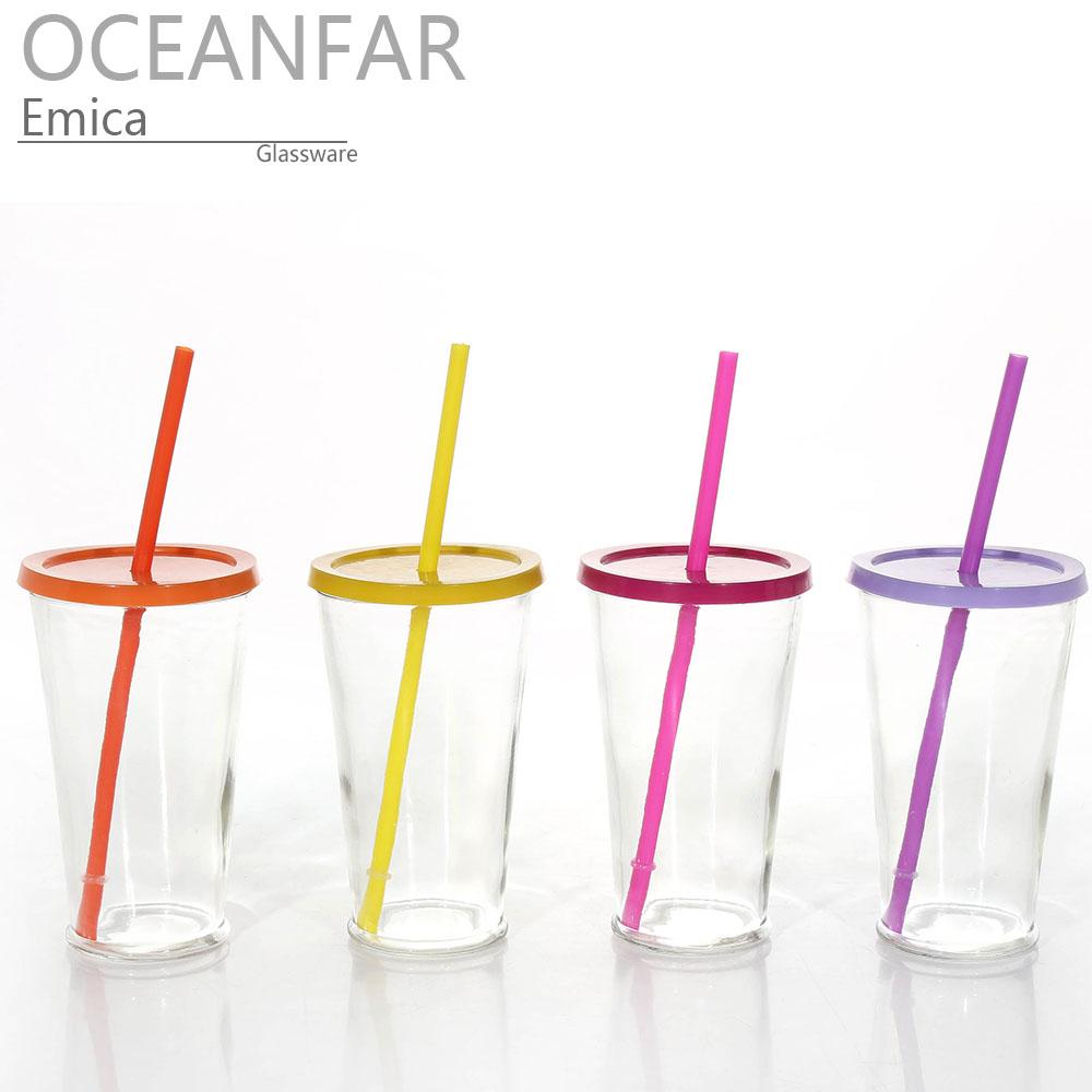 带彩色盖子和彩色吸管的透明vwin德赢备用网址饮料杯